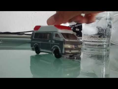 Review 1/64 Toyota Himedic 2006